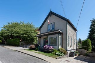 Photo 2: 818 MILTON Street in New Westminster: Uptown NW House for sale : MLS®# R2606504