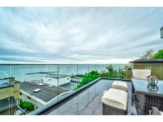 """Photo 2: 1105 JOHNSTON Road: White Rock House for sale in """"Hillside"""" (South Surrey White Rock)  : MLS®# R2577715"""