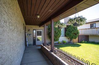 Photo 2: 45 Hallgren Avenue: Red Deer Detached for sale : MLS®# A1122094