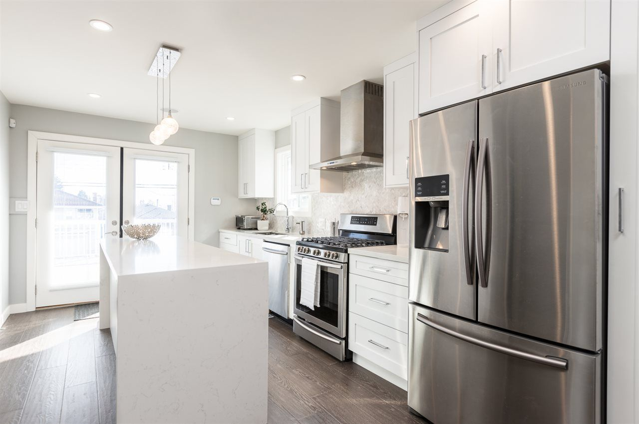 """Photo 7: Photos: 516 E 49TH Avenue in Vancouver: South Vancouver House for sale in """"FRASER"""" (Vancouver East)  : MLS®# R2461034"""