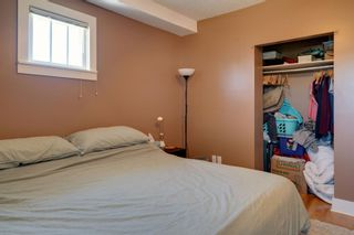 Photo 11: 3118 39 Street SW in Calgary: Glenbrook Detached for sale : MLS®# A1105435