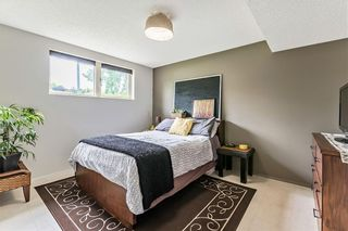 Photo 17: 184 MAPLE COURT Crescent SE in Calgary: Maple Ridge Detached for sale : MLS®# A1080744