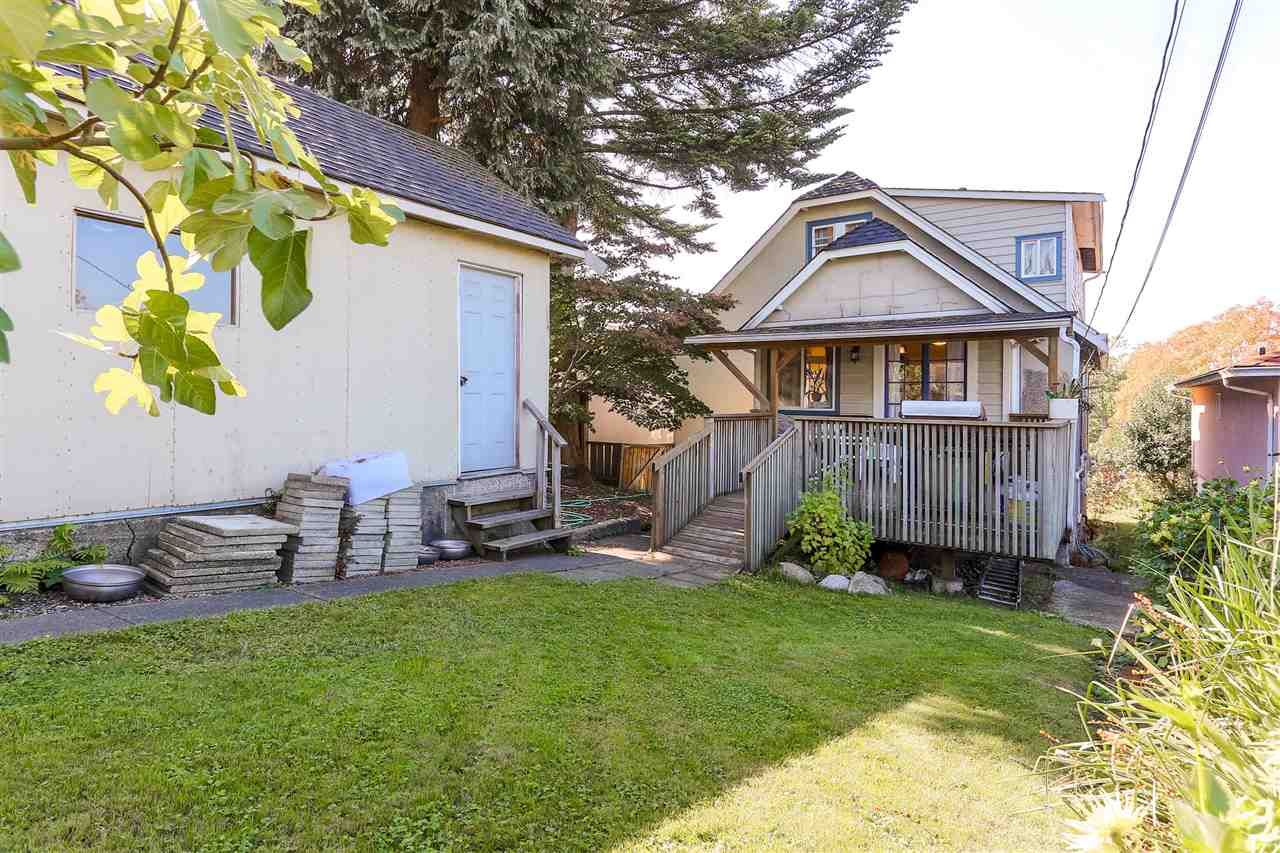 Photo 18: Photos: 4420 NANAIMO Street in Vancouver: Collingwood VE House for sale (Vancouver East)  : MLS®# R2006921