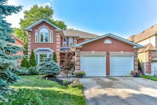 Main Photo: 192 Rhodes Circle in Newmarket: Glenway Estates House (2-Storey) for sale : MLS®# N4542045
