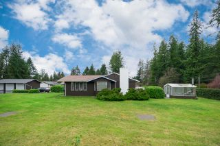 Photo 1: 23588 52 Avenue in Langley: Salmon River House for sale : MLS®# R2238287