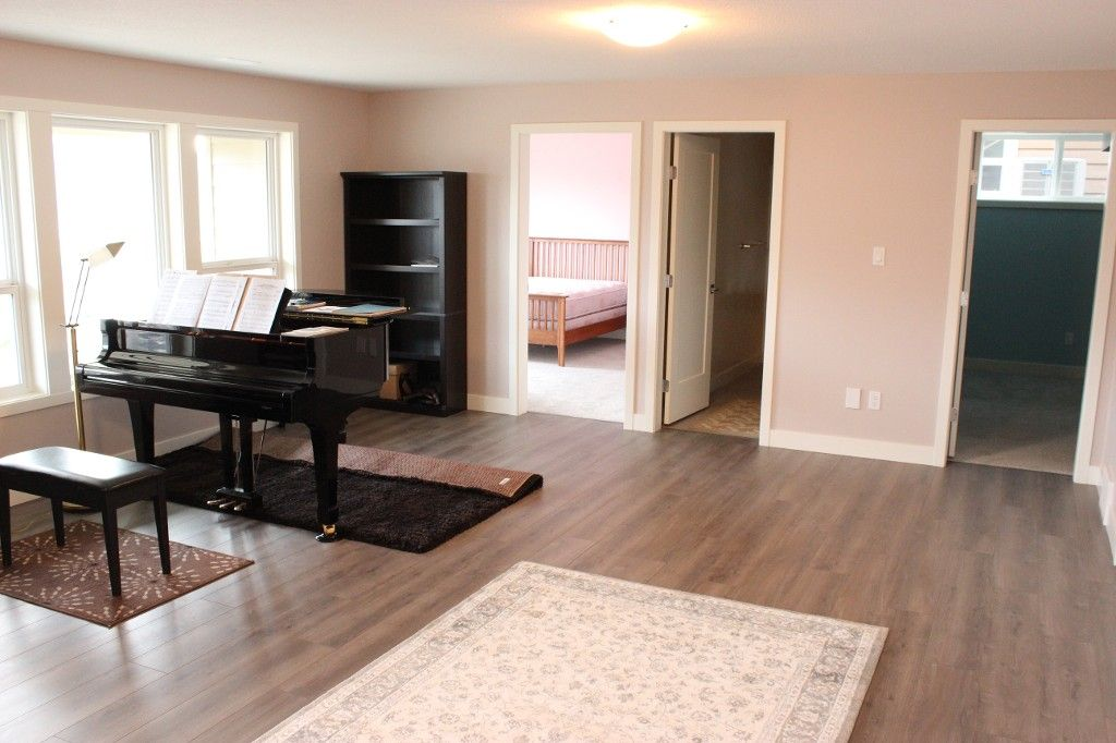 Photo 16: Photos: 2054 Saddleback Drive in Kamloops: Batchelor Heights House for sale : MLS®# 137815
