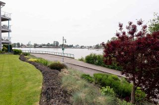 """Photo 19: 209 1920 E KENT AVENUE SOUTH Avenue in Vancouver: Fraserview VE Condo for sale in """"Harbour House at Tugboat Landing"""" (Vancouver East)  : MLS®# R2170194"""