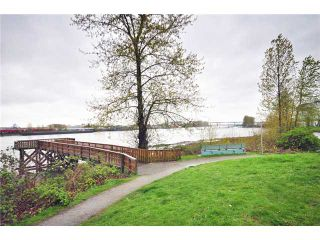 """Photo 10: 2218 PORTSIDE CT in Vancouver: Fraserview VE Condo for sale in """"RIVERSIDE TERRACE"""" (Vancouver East)  : MLS®# V819139"""