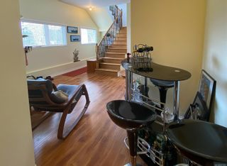 Photo 5: 338 Harbour Rd in : NI Port Hardy House for sale (North Island)  : MLS®# 871375