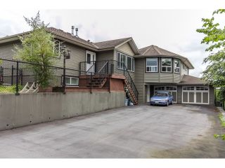 Photo 1: 32910 5TH Avenue in Mission: Mission BC House for sale : MLS®# R2076251
