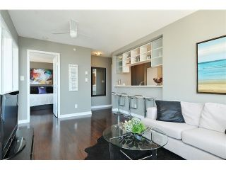 """Photo 3: 2910 928 BEATTY Street in Vancouver: Yaletown Condo for sale in """"The Max"""" (Vancouver West)  : MLS®# V1052333"""