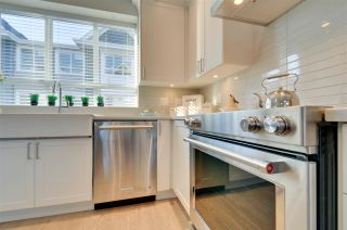 """Photo 3: 4 6479 192 Street in Surrey: Clayton Townhouse for sale in """"BROOKSIDE WALK"""" (Cloverdale)  : MLS®# R2333660"""
