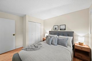 """Photo 20: 864 BLACKSTOCK Road in Port Moody: North Shore Pt Moody Townhouse for sale in """"Woodside Village"""" : MLS®# R2617729"""