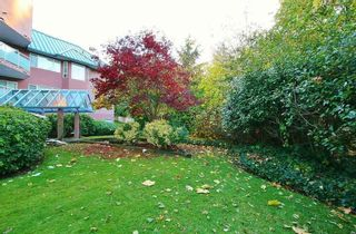 Photo 2: 207 2855 152 STREET in South Surrey White Rock: King George Corridor Home for sale ()  : MLS®# R2220245
