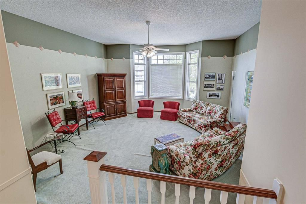 Photo 13: Photos: 127 Bridlewood Circle SW in Calgary: Bridlewood Detached for sale : MLS®# A1123607