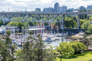 """Photo 15: 606 1450 PENNYFARTHING Drive in Vancouver: False Creek Condo for sale in """"HARBOUR COVE"""" (Vancouver West)  : MLS®# R2279058"""