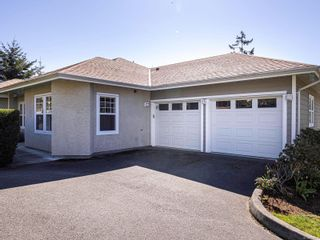 Photo 2: 15 315 Six Mile Rd in : VR Six Mile Row/Townhouse for sale (View Royal)  : MLS®# 872809