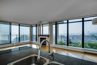 "Photo 20: 1008 175 W 1ST Street in North Vancouver: Lower Lonsdale Condo for sale in ""Time Building"" : MLS®# R2497349"