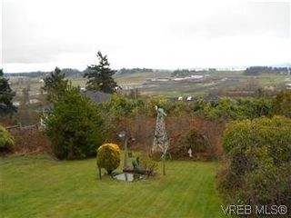 Photo 6: 6705 Tamany Drive in VICTORIA: CS Tanner Residential for sale (Central Saanich)  : MLS®# 306865