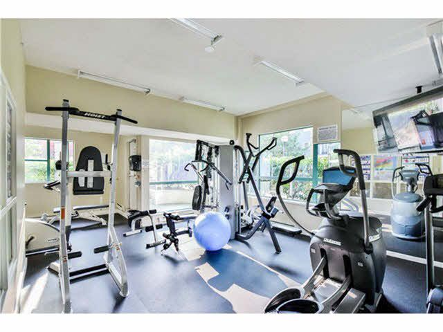 """Photo 19: Photos: 904 3071 GLEN Drive in Coquitlam: North Coquitlam Condo for sale in """"PARC LAURENT"""" : MLS®# V1143282"""