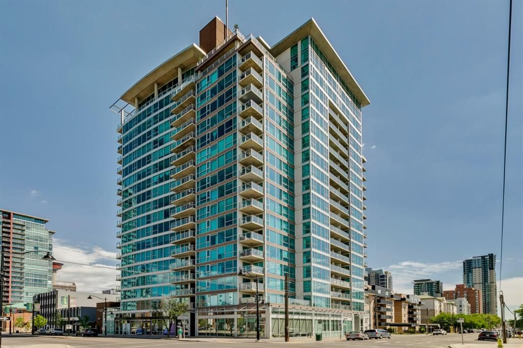 Main Photo: 209 188 15 Avenue SW in Calgary: Beltline Apartment for sale : MLS®# A1119413