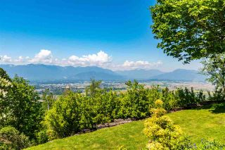 Photo 3: 46840 THORNTON Road in Chilliwack: Promontory House for sale (Sardis) : MLS®# R2592052