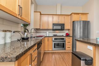 """Photo 4: 3 22865 TELOSKY Avenue in Maple Ridge: East Central Townhouse for sale in """"WINDSONG"""" : MLS®# R2604389"""