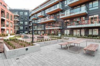 Photo 2: : Vancouver Townhouse for rent : MLS®# AR132