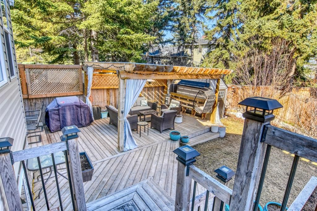 Photo 22: Photos: 66 Bridlerange Circle SW in Calgary: Bridlewood Detached for sale : MLS®# A1099758