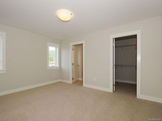 Photo 13: 3338 Hazelwood Rd in Langford: La Happy Valley House for sale : MLS®# 631000