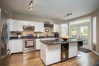 Photo 12: 8663 206B Street in Langley: Walnut Grove House for sale : MLS®# R2574937