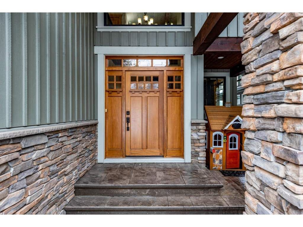 """Photo 2: Photos: 115 45473 ARIEL Place: Cultus Lake House for sale in """"Riverstone Heights"""" : MLS®# R2539139"""