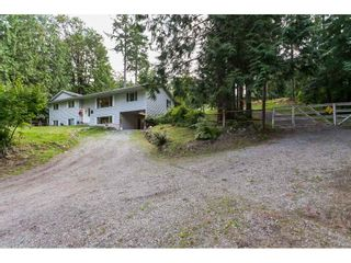 Photo 2: 10864 GREENWOOD Drive in Mission: Mission-West House for sale : MLS®# R2484037
