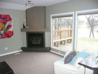 Photo 9: 2466 Assiniboine Crescent in : Silver Heights Single Family Detached for sale