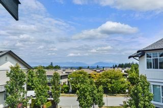 """Photo 13: 204 2450 161A Street in Surrey: Grandview Surrey Townhouse for sale in """"GLENMORE"""" (South Surrey White Rock)  : MLS®# R2277039"""