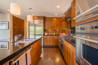 Photo 12: MISSION HILLS House for sale : 3 bedrooms : 2021 Rodelane St in San Diego