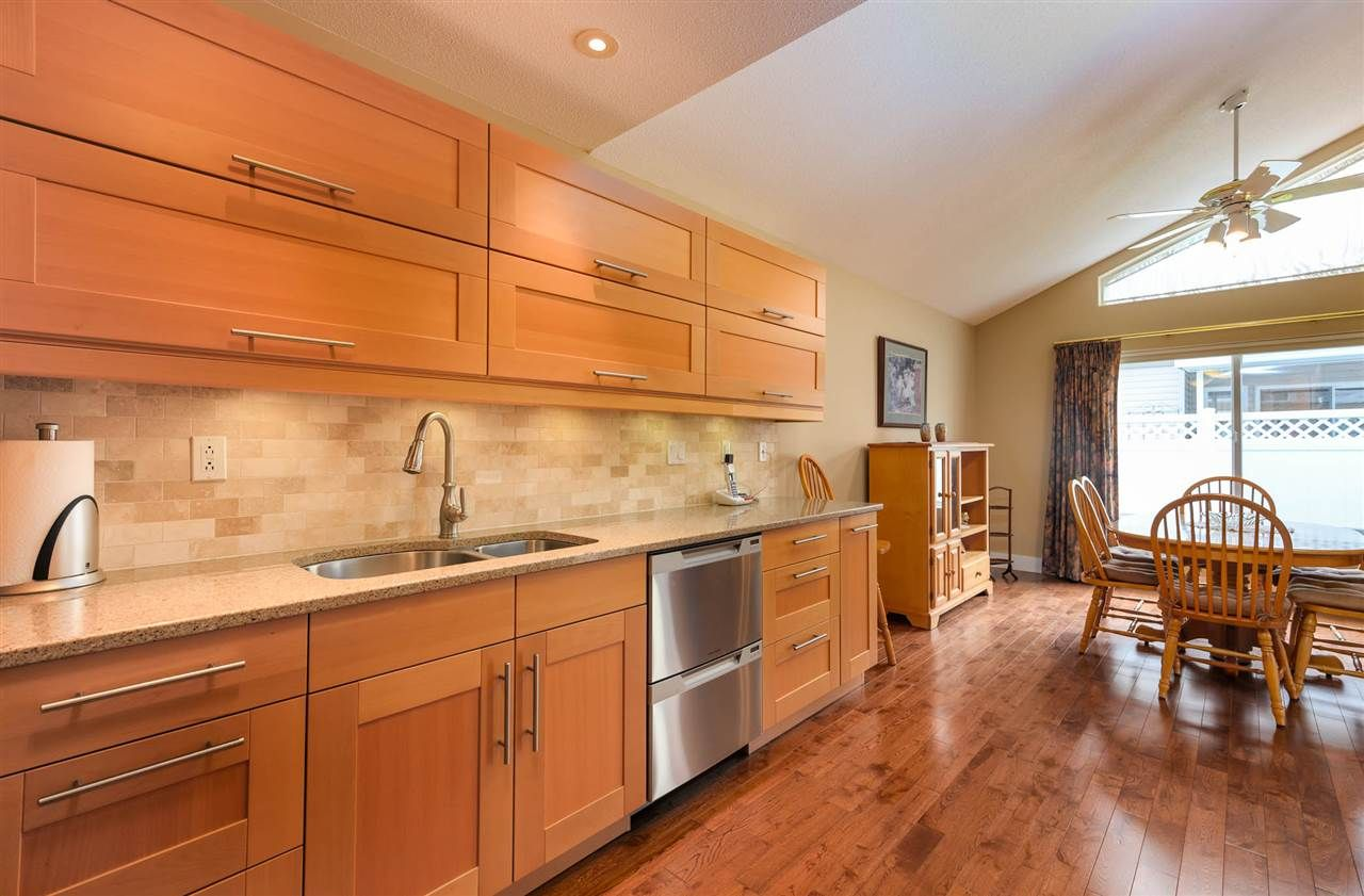 """Photo 10: Photos: 174 8485 YOUNG Road in Chilliwack: Chilliwack W Young-Well Townhouse for sale in """"Hazelwood Grove"""" : MLS®# R2452221"""