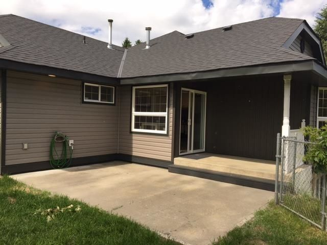 Photo 4: Photos: 490 PATCHETT Street in Quesnel: Quesnel - Town House for sale (Quesnel (Zone 28))  : MLS®# R2595649