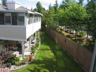 """Photo 8: 204 10584 153RD Street in Surrey: Guildford Townhouse for sale in """"Glenwood Village on the Park"""" (North Surrey)  : MLS®# F1019376"""