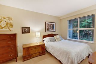 """Photo 8: 205 960 LYNN VALLEY Road in North Vancouver: Lynn Valley Condo for sale in """"Balmoral House"""" : MLS®# R2502603"""