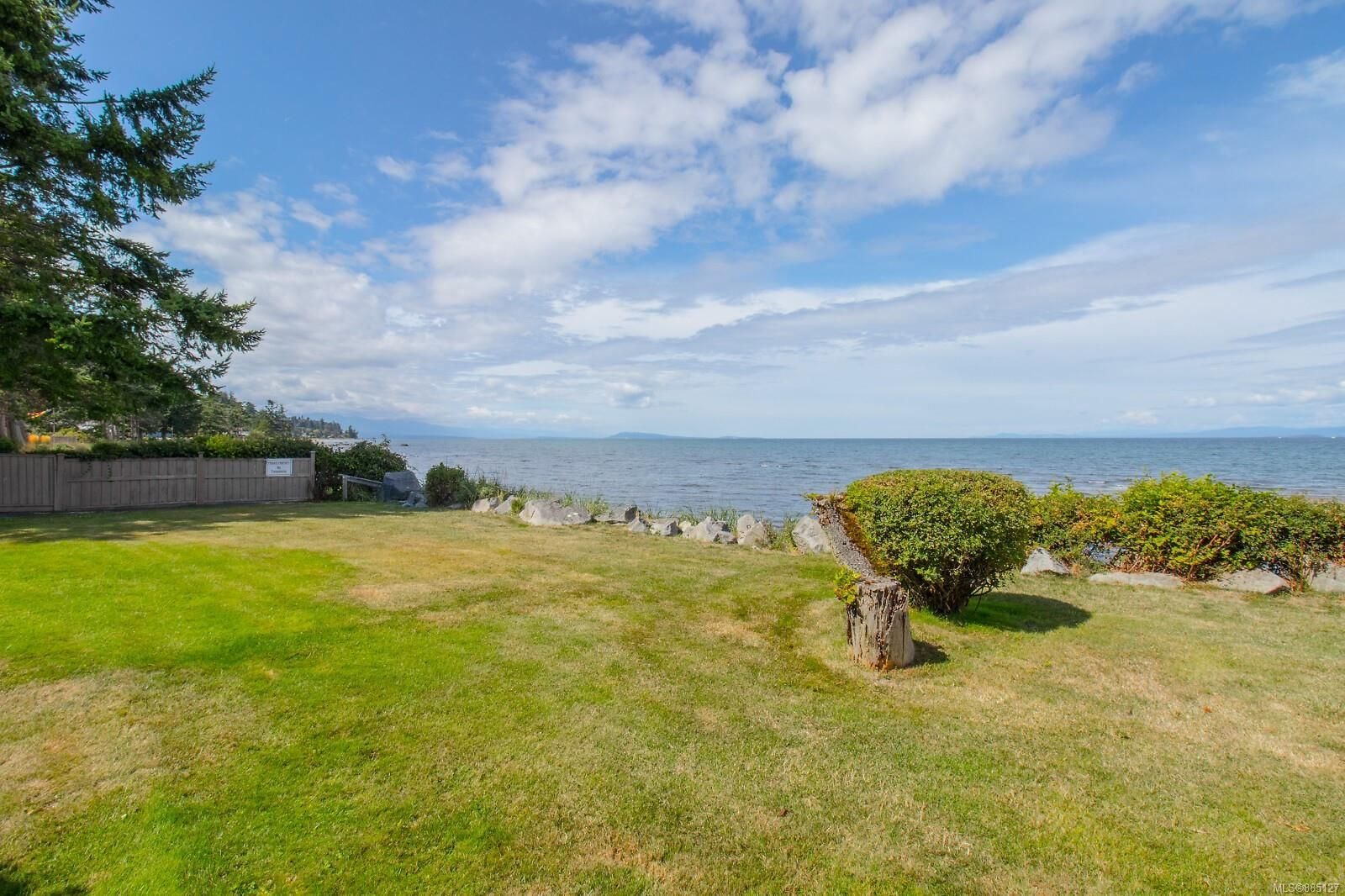 Photo 48: Photos: 26 529 Johnstone Rd in : PQ French Creek Row/Townhouse for sale (Parksville/Qualicum)  : MLS®# 885127