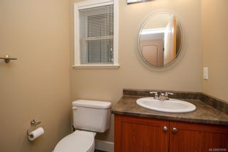 Photo 17: 8 15 Helmcken Rd in View Royal: VR Hospital Row/Townhouse for sale : MLS®# 829595