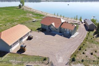 Photo 3: 400 Lakeshore Drive in Wee Too Beach: Residential for sale : MLS®# SK858460