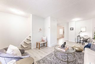 Photo 9: 317 25th Street West in Saskatoon: Caswell Hill Residential for sale : MLS®# SK841178