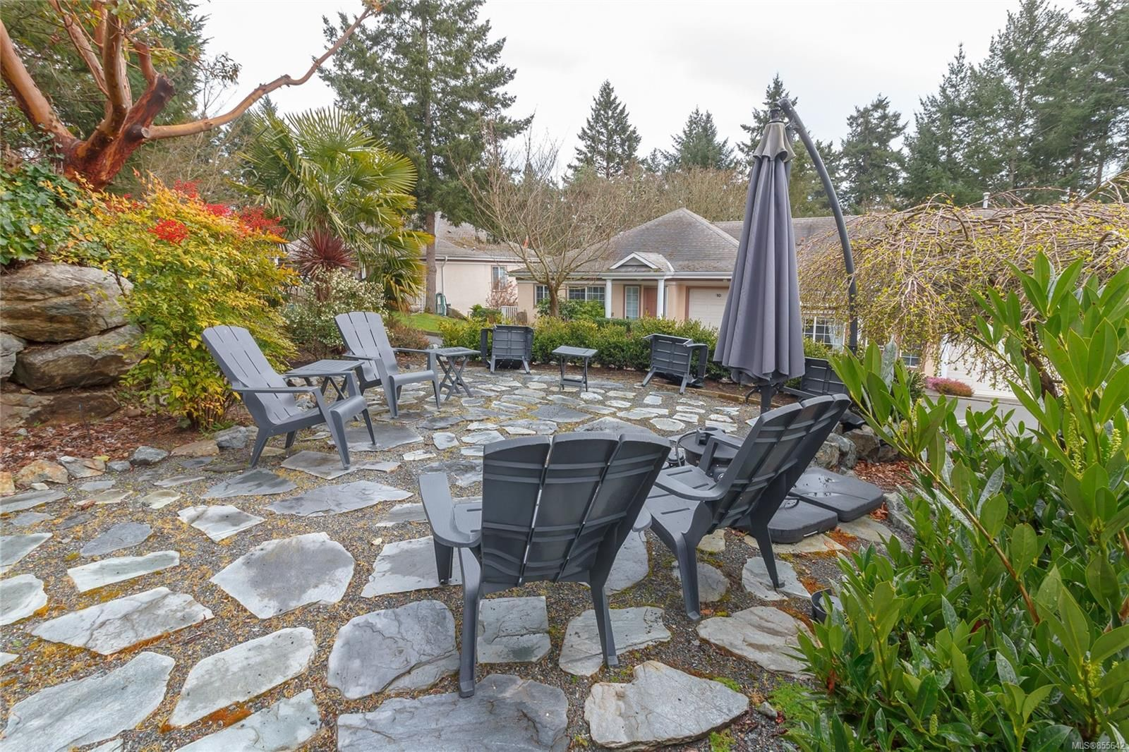 Photo 32: Photos: 52 14 Erskine Lane in : VR Hospital Row/Townhouse for sale (View Royal)  : MLS®# 855642