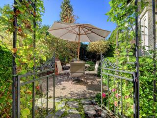 Photo 2: 3653 Summit Pl in COBBLE HILL: ML Cobble Hill House for sale (Malahat & Area)  : MLS®# 771972