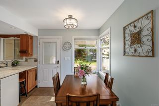 Photo 13: 1907 Stanley Ave in : Vi Fernwood House for sale (Victoria)  : MLS®# 886072