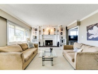 """Photo 3: 307 1368 FOSTER Street: White Rock Condo for sale in """"KINGFISHER"""" (South Surrey White Rock)  : MLS®# F1435155"""
