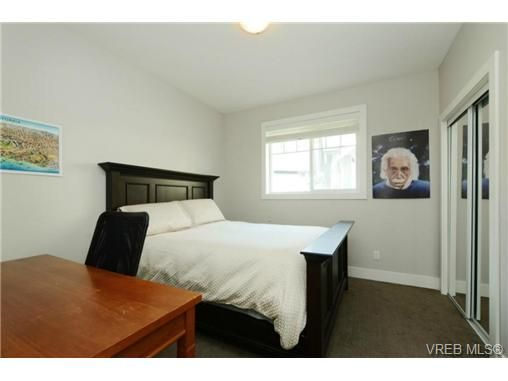 Photo 15: Photos: 1001 Arngask Ave in VICTORIA: La Bear Mountain House for sale (Langford)  : MLS®# 728828