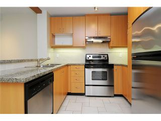Photo 3: 406-580 RAVEN WOODS DR in North Vancouver: Roche Point Condo for sale : MLS®# V1025829